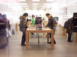 AppleStore Sendai Ichibancho 店内